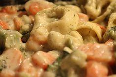 Tortellini mit Gemüse in Käse - Sahne - Sauce, The Orange Taste