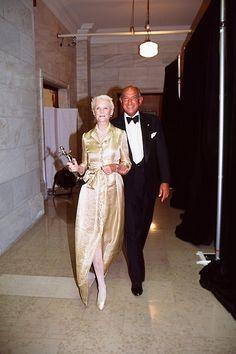 C.Z. Guest and Oscar de la Renta, photo by Mary Hilliard in C.Z. Guest American Style Icon by Susanna Salk, via Quintessence