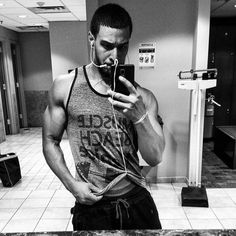 Go hard or stay home  #fitness #aesthetics #healthy #diet #intermittentfasting #pushingmeals #workhard #focused #lifestyle by spadez30
