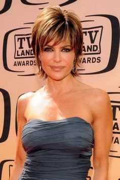 lisa rena hairstyles | Lisa Rinna Hairstyle | Lisa Rinna Hair Color | Lisa Rinna Hair Picture