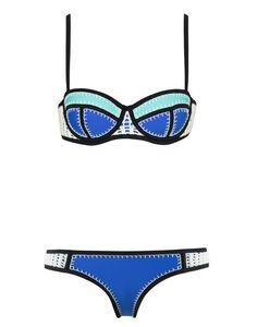 Bikini de neopreno y en color flúor, así es el gran seductor de las playas de verano. #bikini #blogger #verano #summer