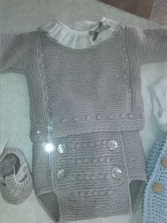 Gray cotton set : Gray cotton set – The things of Nuria Baby Vest, Baby Pants, Baby Cardigan, Knitting For Kids, Baby Knitting Patterns, Girl Doll Clothes, Diy Clothes, Knitted Baby Clothes, Baby Sweaters