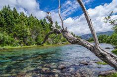 Rio Meliquina en Neuquén, al lado de la Ruta 40.  http://www.turismoruta40.com.ar/villa-meliquina.html