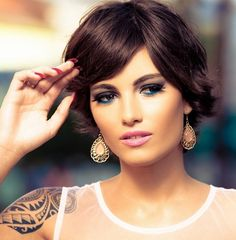 20 Easy Short Haircuts for Women: Everyday Hairstyles - PoPular Haircuts 2015 Hairstyles, Fringe Hairstyles, Feathered Hairstyles, Trendy Hairstyles, Wedge Hairstyles, Layered Hairstyle, Beehive Hairstyle, Brunette Hairstyles, Asymmetrical Hairstyles
