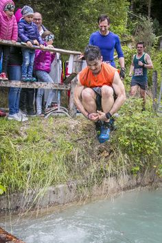 Eines von 20 anspruchsvollen Hindernissen beim Fisherman's Friend StrongmanRun 2019 in Flachau Grand Canal, Abs, Couple Photos, Couples, Couple Shots, 6 Pack Abs, Couple, Six Pack Abs