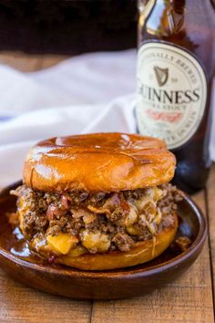 Beer and Cheese Sloppy Joes are the perfect gameday food for a crowd with a Guinness sauce and sharp cheddar cheese filling.Bacon, Beer and Cheese Sloppy Joes are the perfect gameday food for a crowd with a Guinness sauce and sharp cheddar cheese filling. Beef Steak Recipes, Beef Recipes For Dinner, Ground Beef Recipes, New Recipes, Crockpot Recipes, Cooking Recipes, Favorite Recipes, Recipies, Cooking Tips