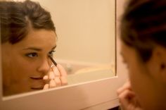 Great list of 101 beauty tips that every girl should keep in mind!