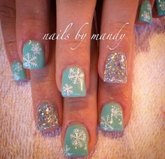Cute snowflake winter nails winter nails - http://amzn.to/2iZnRSz
