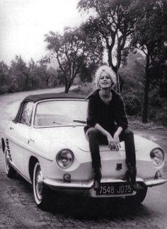 Brigitte Bardot (2 ou 3 choses . . .)