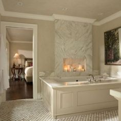 Love this Casa Verde Design - traditional - bathroom - minneapolis - Casa Verde Design Bathroom Candles, Bathroom Fireplace, Bathtub Decor, Candles In Fireplace, Faux Fireplace, Inspire Me Home Decor, Bad Inspiration, Bathroom Inspiration, Minneapolis