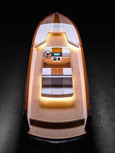 """Dasher. Um barco eléctrico com """"alma"""" de BMW i3"""