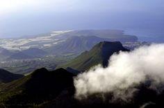 Vuelo en helicóptero recorriendo las playas y barrancos de Tenerife