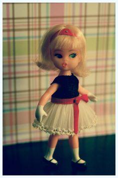 Hasbro Dolly Darlings doll   by RomitaGirl67