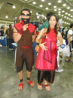 Avatar: The Last Airbender: Wang Fire & Sapphire Fire (Sokka & Katara in disguise) by Takerucoh (as Wang Fire) & AiledRomantic (as Sapphire Fire) at Otakon 2012 #cosplay #avatarthelastairbender