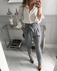 #really ... I love these pants #trousers #mintlabel #gray #lookbook @selfiestorepl #ring #look #moda #style #stylish #streetstyle #ootd #fashion #instagram #instamood