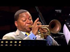Wynton Marsalis: One of the very few  trumpeters excelling in both classic and jazz music. Marsalis is a master in merging the tradition with the new styles of jazz.