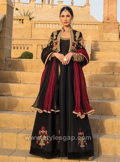 Pakistani Fashion Party Wear, Pakistani Wedding Outfits, Pakistani Dresses, Indian Dresses, Indian Suits, Indian Wear, Latest Bridal Dresses, Wedding Dresses For Girls, Party Wear Dresses