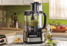 Find Out What Are The 10 Best Food Processors in Our Reviews 2017.
