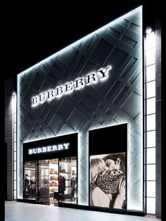 New Burberry Store - Santiago, Chile                                                                                                                                                                                 Más