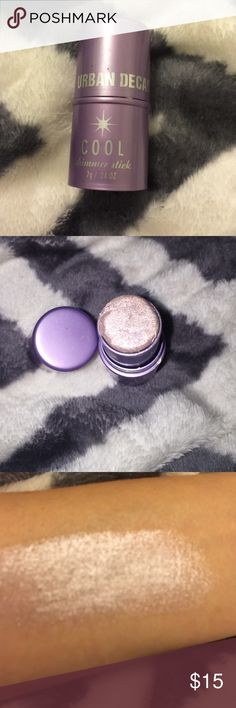 🕒Urban decay cool shimmer stick Urban decay cool shimmer stick , good for high lighting and makes a beautiful eyeshadow , it is cream based Urban Decay Makeup
