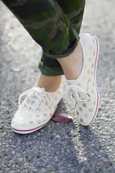 I can't even take how cute these gold polka dot shoes are!!
