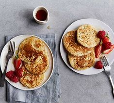 Serve our drop scones (also known as a scotch pancakes) with a glug of syrup and a handful of seasonal fruits for an indulgent breakfast or brunch Scotch Pancakes, Vegan Banana Pancakes, Peanut Butter Pancakes, Pancakes And Waffles, Scones Recipe Bbc, Drop Scones Recipes, Bbc Good Food Recipes, Cooking Recipes, Quick And Easy Breakfast