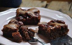 Kirsch-Brownies - richtig schön schokoladig und saftig!  Noch dazu eine prima Kirschen- und Kirschengelee-Verwertung.