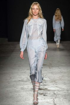 Francesco Scognamiglio - Spring 2015 Ready-to-Wear - Look 3 of 32