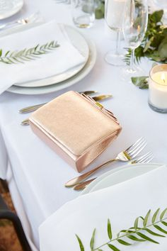 Pick occasion clutches that look so good, you could almost eat them! Occasion Bags, Occasion Wear, Special Occasion, Race Day Fashion, Wedding Decorations, Wedding Ideas, Summer Wedding, Clutches, Purses And Bags
