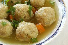 Sopa de Pollo con bolas de Matzá