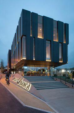 New Asset Banca headquarters Architecture Building Design, Facade Design, Building Exterior, Mall Facade, Mix Use Building, Showroom Design, Modern Exterior, Commercial Design, Warehouses
