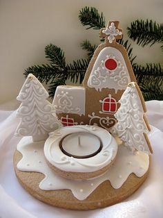 Gingerbread, Christmas Ornaments, Holiday Decor, Xmas, Acrylic Paintings, Home, Ginger Beard, Christmas Jewelry, Christmas Decorations