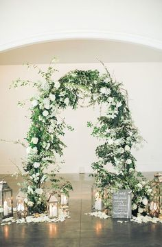 Vintage Wedding Arches, Wedding Arch Greenery, Wedding Ceremony Arch, Wedding Altars, Wedding Ceremony Decorations, Wedding Centerpieces, Floral Wedding, Wedding Bouquets, Rustic Wedding