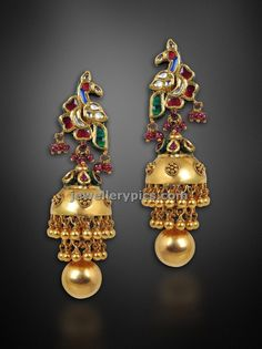 Latest Indian Jewellery designs and catalogues in gold diamond and precious stones Gold Jhumka Earrings, Big Earrings, Antique Earrings, Indian Jewellery Design, Latest Jewellery, Jewelry Design, Gold Jewellery, Indian Jewelry, Jhumka Designs