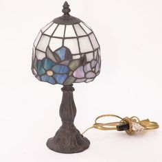 Small Stained Glass Tiffany Style Lamp – FleaPop – Buy and sell home decor, furniture and antiques