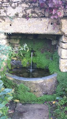 Great stone trough and fountain at snowshill manor, gloucestershire. Garden Pond, Love Garden, Water Garden, Garden Paths, Stone Fountains, Small Fountains, Garden Fountains, Garden Features, Water Features In The Garden
