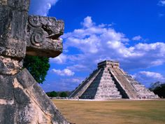 Temple of Kukulcan in Chichén Itzá. Visited here in 2007; can't wait to go back!