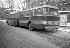 1972. A 7-es busz a Thököly úton a Sport mozi előtt. Budapest, Commercial Vehicle, Buses, Berlin, Vans, Trucks, Sport, Vehicles, Antique Cars