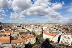 Vista dalla Basilica di Santo Stefano Budapest, Paris Skyline, Travel, Trips, Traveling, Tourism, Outdoor Travel, Vacations