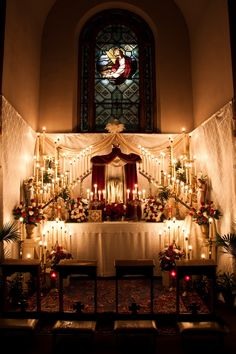 See below for the altar of repose at Immaculate Conception Church in Omaha, NE. If only all churches took the care of Christ so seriously. Catholic Altar, Roman Catholic, Catholic Churches, Holy Thursday Catholic, Immaculate Conception Church, Easter Vigil, Lenten Season, Religious Images, Altar Decorations