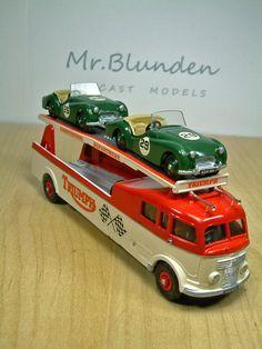 Dinky Toys Commer 'Triumph' Race Car Transporter