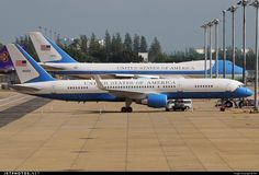 99-0003 (CN: 29027) United States - US Air Force (USAF) Boeing C-32A by Tek