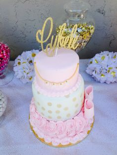 Baby Shower cake by Irma Solis!