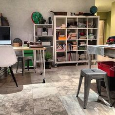 Sophie Munns {studio archive} setting up the new studio