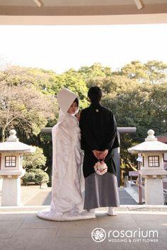 和装前撮りのブーケ*アートフラワーの画像 | ロザブロ  ウェディングフラワー&ギフトフラワー Wedding Kimono, Wedding Dresses, Wedding Gifts, Our Wedding, Japanese Wedding, Model Pictures, Wedding Photoshoot, Wedding Decorations, Marriage