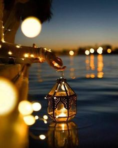new ideas for lighting wallpaper lanterns Creative Photography, Amazing Photography, Nature Photography, Photography Courses, Fairy Light Photography, Photography Backdrops, Professional Photography, Photography Business, Digital Photography