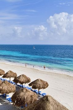 #SundaySpecial Now Sapphire Riviera Cancun 7 nights ALL INCLUSIVE €1349 per person*🤩 Enjoy the beautiful Riviera Maya / Cancun coast at this lovely 4* resort. Enjoy the Unlimited-Luxury™. Deposits low and covered under our Flexible Promise so you can plan and book with confidence.😎☀️ *Based on two people sharing. Departing May, as always other dates available but prices will vary) Terms and Conditions apply. Give me a call for more information!
