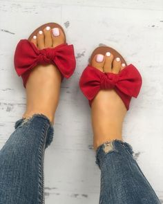 Shop Casual Bowknot Peep Toe Flat Sandals right now, get great deals at joyshoetique Flat Sandals Outfit, Shoes Flats Sandals, Peep Toe Flats, Cute Sandals, Cute Shoes, Gladiator Sandals, Leather Sandals, Trend Fashion, Fashion Shoes