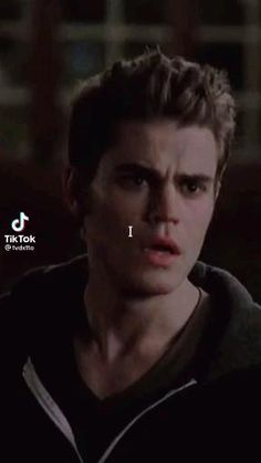 Silas Vampire Diaries, Vampire Diaries Songs, Vampire Diaries Poster, Vampire Diaries Seasons, Vampire Diaries Wallpaper, Vampire Diaries The Originals, Stefan E Elena, Damon And Stefan, Estefan Salvatore