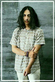 """ IL ZINGARO "" Hippie's style, spring-summer collection, Indonesian textile ( Batik Geometris )"